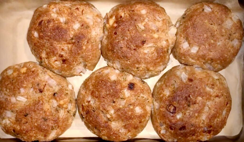 """The Vegan Patties """"Kufteta"""" That You Never Thought Could Taste This Good"""